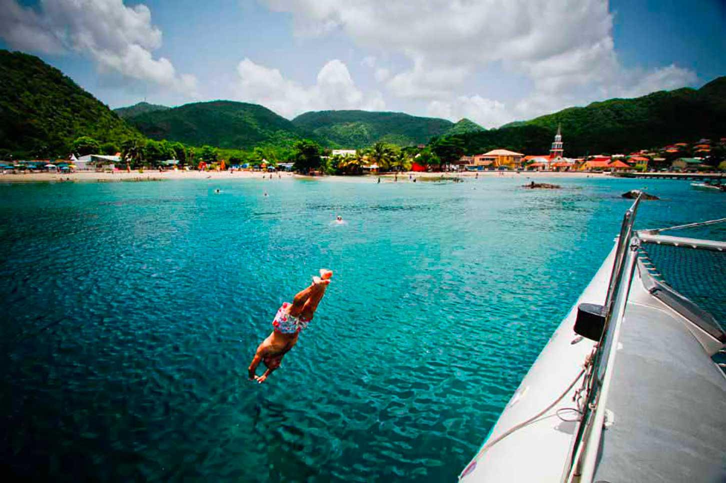 the Creole cata - rent catamaran Martinique cruising outing